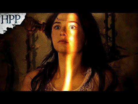 Insidious: Chapter 3 (2015) - Horror Movie Review | Haunting Of The Paranormally Possessed
