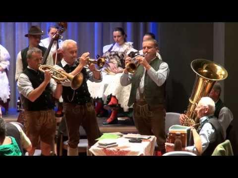 Bayer. Wald: Orter Tanzlmusi  (A)  spielt schwungvollen Trio Walzer