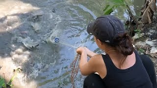 Top 3 Incredible Girl Cast Net Fishing vs. GIANT Fish