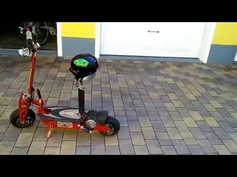 test d 39 un mini scooter lectrique fra youtube. Black Bedroom Furniture Sets. Home Design Ideas