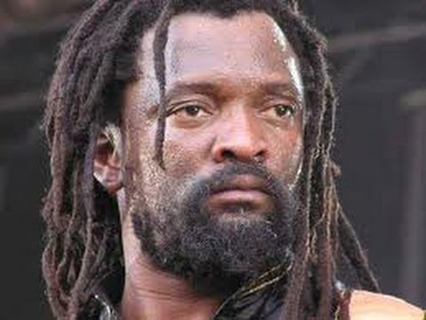 LUCKY DUBE -''Good girl'' with lyrics
