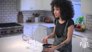 Nikisha Does an All Natural DIY Detangler/Leave-in