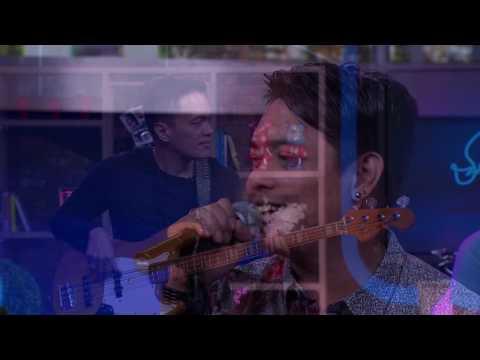 Ada Band - Masih ( Live at Sarah Sechan )