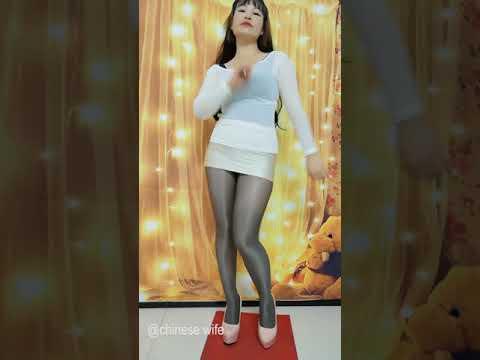 chinese wife dance EP07 波波姐黑丝袜性感广场舞