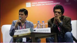 Jorge Ortega lee en el Salón de la Poesía de la FIL de  Gdl