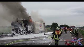 LKW brennt nach schwerem Verkehrsunfall komplett aus | A3 MTK | Großeinsatz - 04.06.2017