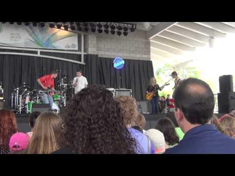 Paper Cuts at WAMI Milwaukee Summerfest
