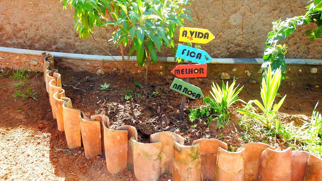 Meu Jardim - Cercando meu jardim com telhas cumbuca / cercado para jardim com telha reciclada