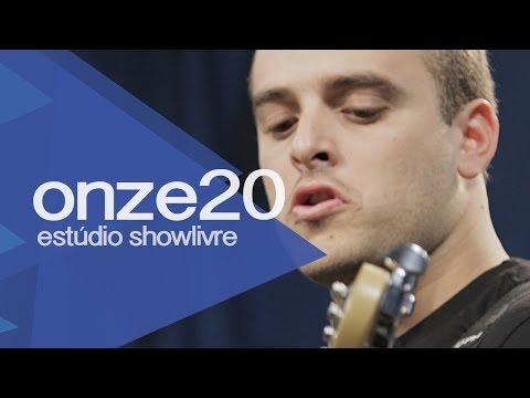 """""""Fica do meu lado"""" - Onze:20 no Estúdio Showlivre 2013"""