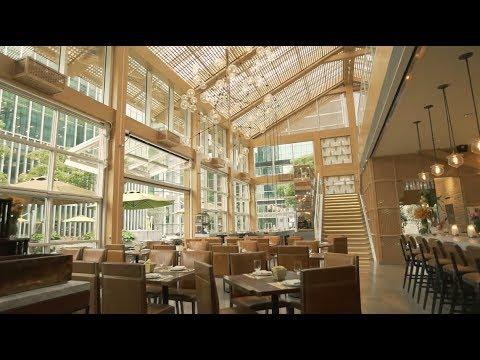 Calypso Restaurant & Lounge at Jing An Shangri-La, West Shanghai