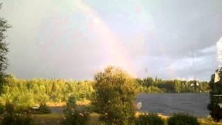 【閲覧注意】大きな虹の撮影中に起きた衝撃の瞬間