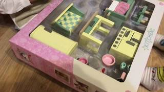 Le toy van kitchen