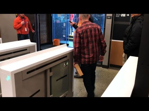 Amazon opens first cashierless shop to public