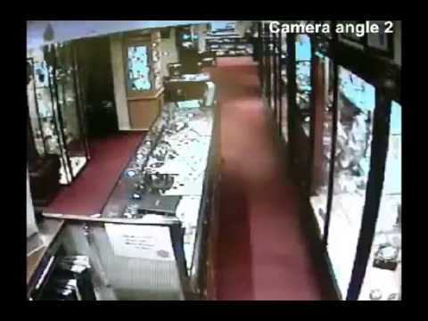 Fog Bandit Jewellers Robbery Attempt CCTV Footage 2