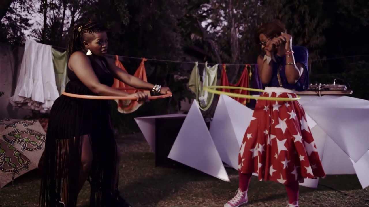 """Busiswa """"Ngoku"""" ft Oskido & Uhuru"""