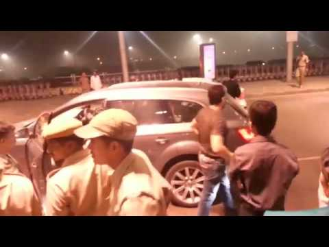 salman khan at hyderabad airport