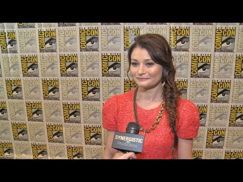 Emilie de Ravin  Why Belle Loves Gold  Once Upon a Time S3