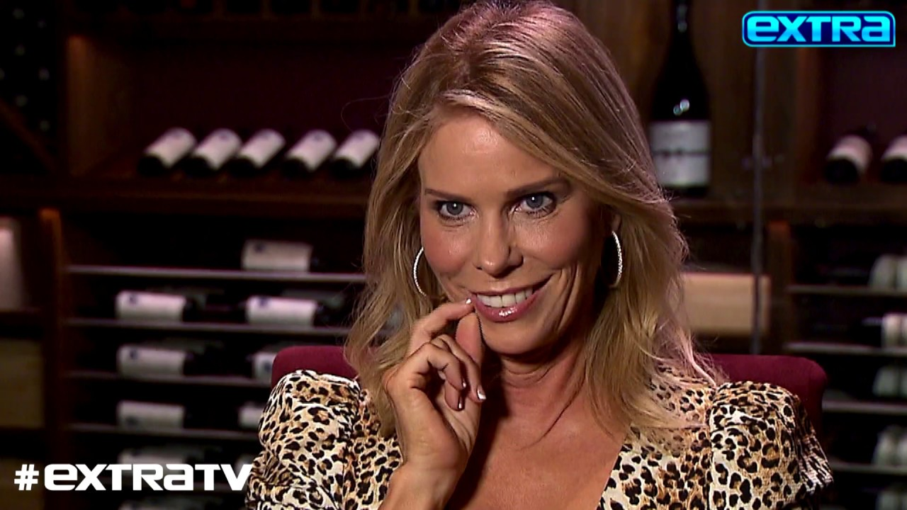 Actress Cheryl Hines Chats with 'Extra' at Agua Caliente Resort Casino Spa Rancho Mirage