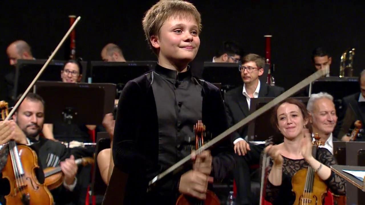Il piccolo violino magico 2017 trailer youtube - Volpino piccolo ...
