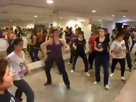 Rupee- Jump (Zumba con Euge Rivas)