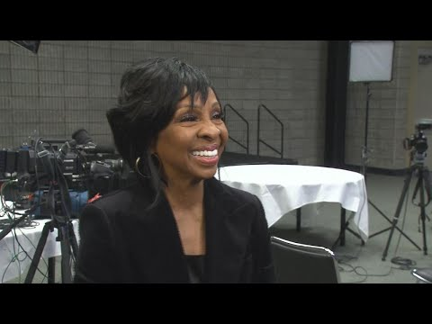Super Bowl LIII: Gladys Knight Defends Decision to Perform National Anthem (Exclusive) Mp3