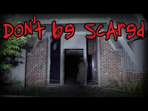 HAUNTED RETRO MANSION - ABANDONED FRANK LLOYD WRIGHT HOUSE - (RAW FOOTAGE)