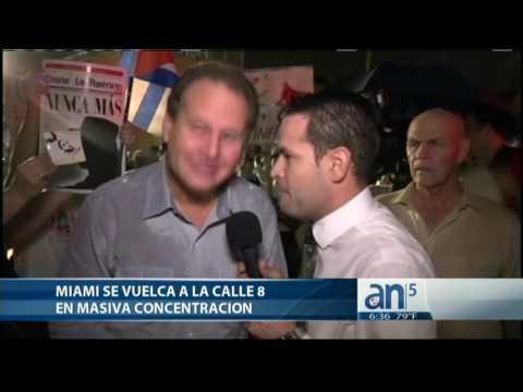 Mario Diaz-Balart asiste a concentración en la calle 8