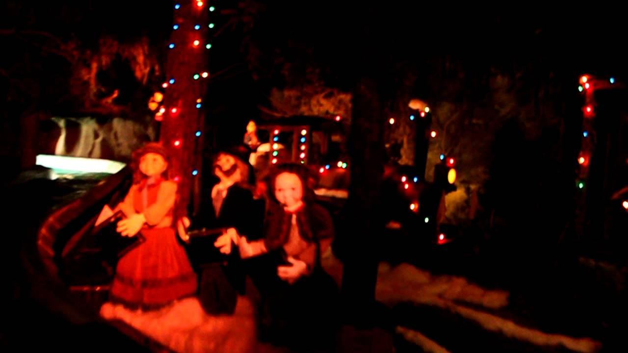 Knott\'s Berry Farm Log Ride Christmas 2011 - YouTube
