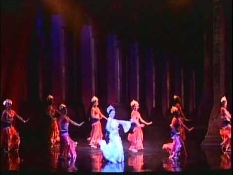 Bombay Dreams At The Musicals