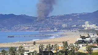 Timelapse of the Pacific Palisades Fire on October 21st* from Los Angeles Beach Cam