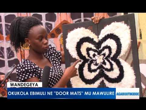 Wandegeya: Okukola ebimuli ne Table Mats  mu Mawulire.