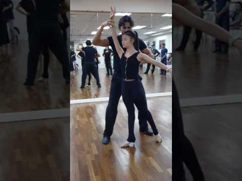 Viktor DaSilva & Ekaterina Krysanova Showdance Workshop Episode 1 : Cara flies from Felix to Viktor!