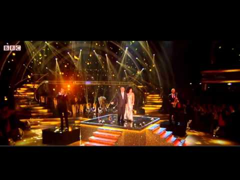 "Lady Gaga & Tony Bennett - ""Anything Goes"" & ""I Don't Mean A Thing"" Live On Strictly Come Dancing"
