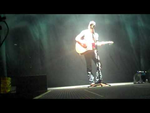 Eric Church- Love Your Love The Most (Standing Ovation)
