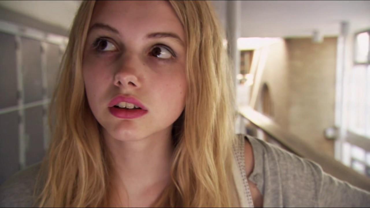 Cassie Scenes SKINS 1x02 - YouTube