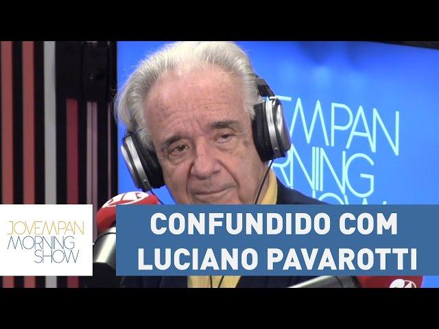 Maestro João Carlos Martins conta sobre a vez que foi confundido com Luciano Pavarotti