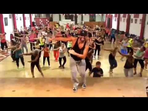 Fireball  Pitbull ft Jonh Ryan * Ricardo Rodrigues Coreography * Zumba Fitness