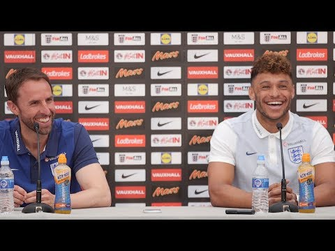 Cheeky Journalist Asks The Ox About Wenger