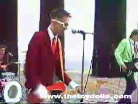 THE TOY DOLLS (deidre's a slag)