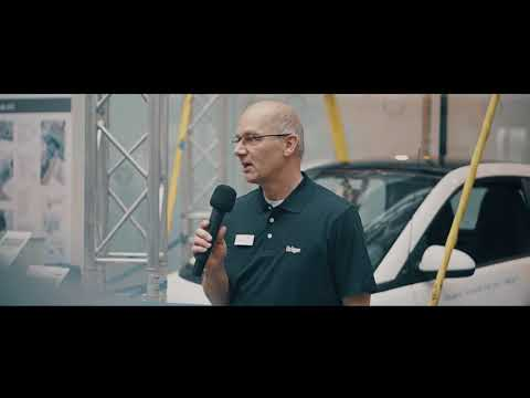 Movita® Lift Strong lifting a Smart car
