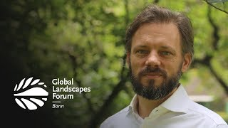 CIFOR@GLF: Generating science and solutions