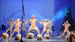 """Танец """"Умка"""" Искры-шоу. Рождественское выступление. 2016 год."""