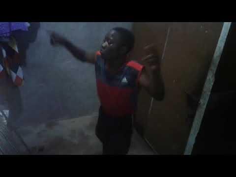 Dogo Mwala Cayna   Smart Phone-dance chomboko
