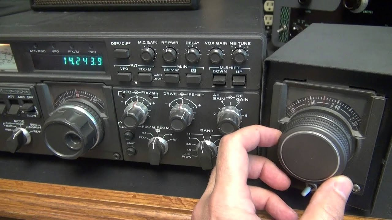 Kenwood digital TS-180s Transceiver External vfo Ham Radio Demo