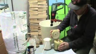 Μελισσοκομική παρασκευή και τοποθέτηση γυρεόπιτας