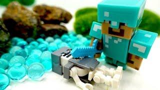 Видео с игрушками #Майнкрафт. ИгроБой Егор и Стив против Свинозомби!