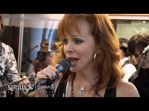 "Reba McEntire's ""Consider Me Gone"" on SIRIUS XM Artist Confidential"