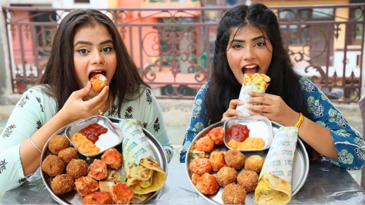 Kurkure Momos, Tandoori Momos and Spicy Paneer Roll Challenge   Momos and Roll   Food Challenge