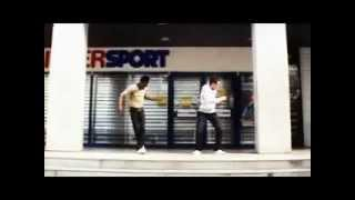 классно танцуют...(тектоник)(крутяк), 2012-04-28T14:22:39.000Z)