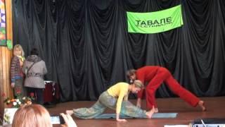 Кучеренко Андрей и Юлия. парная йога (фрагм)